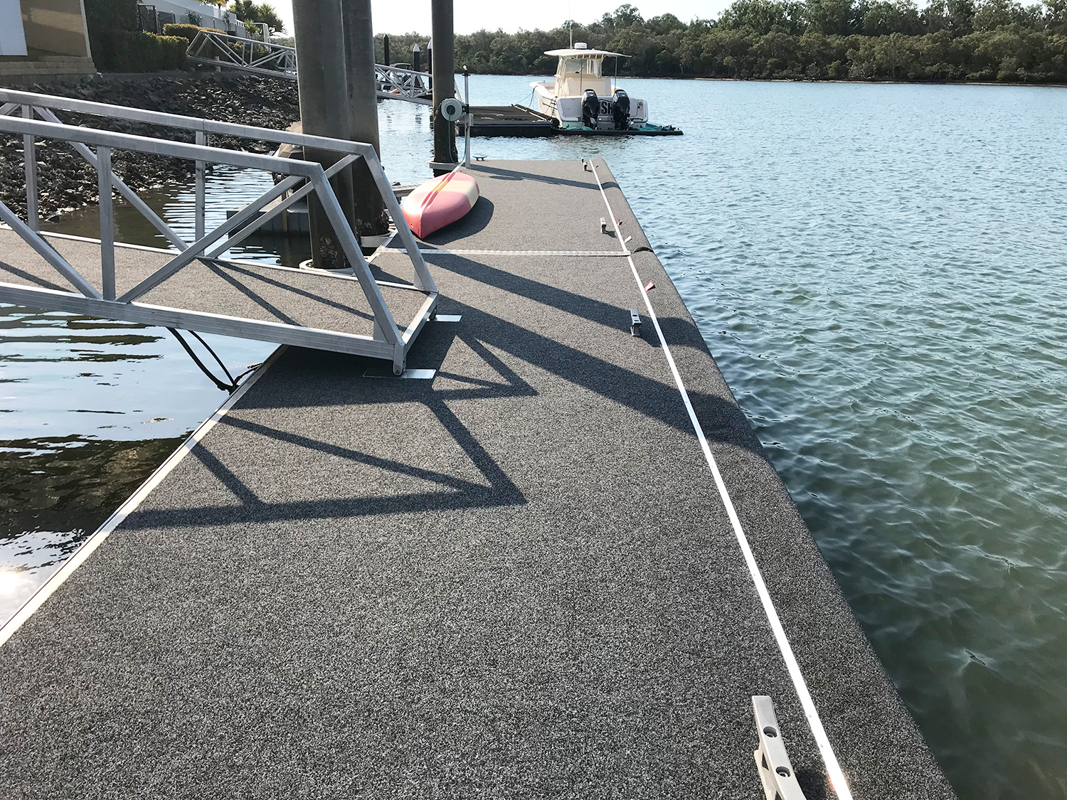 The Advantages of Owning a Floating Pontoon Jetty