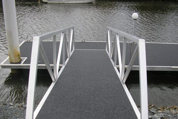 3 Types of Residential Pontoons to Consider on the Gold Coast